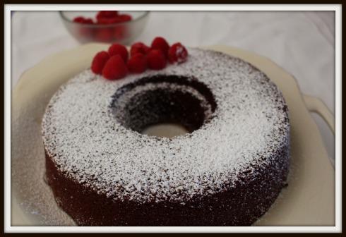 Easy chocolate cake - The Hungry Mum