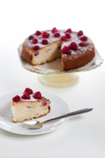 Easy raspberry butter cake - click here for recipe https://thehungrymum.com/2012/05/04/easy-raspberry-butter-cake-11/