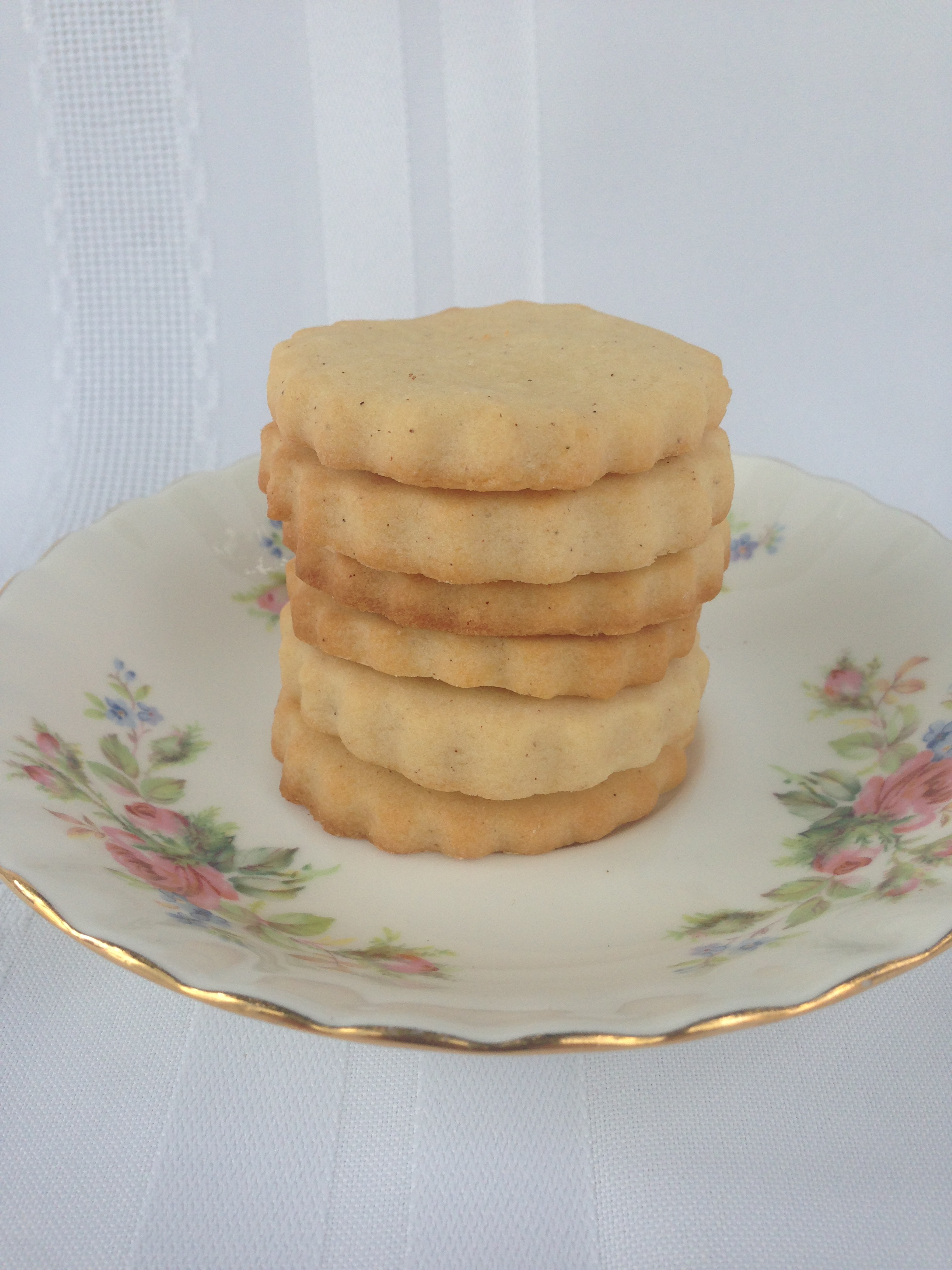 Honey cinnamon biscuits / cookies | the hungry mum