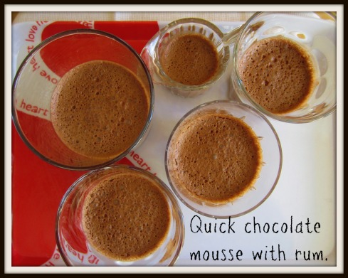 The Hungry Mum. Quick chocolate mousse with rum.