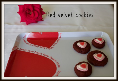red velvet cookies - The Hungry Mum