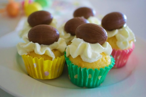 Easter egg mini cupcake by The Hungry Mum.jpg