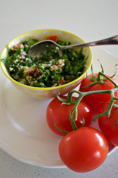 tabbouli salad - a handful of ingredients is all it takes to create this exotic and fresh salad. The Hungry Mum.