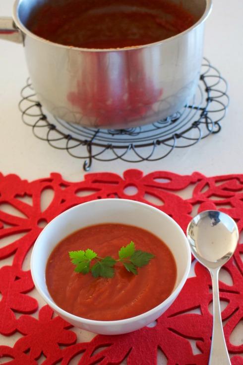 Easy tomato soup.