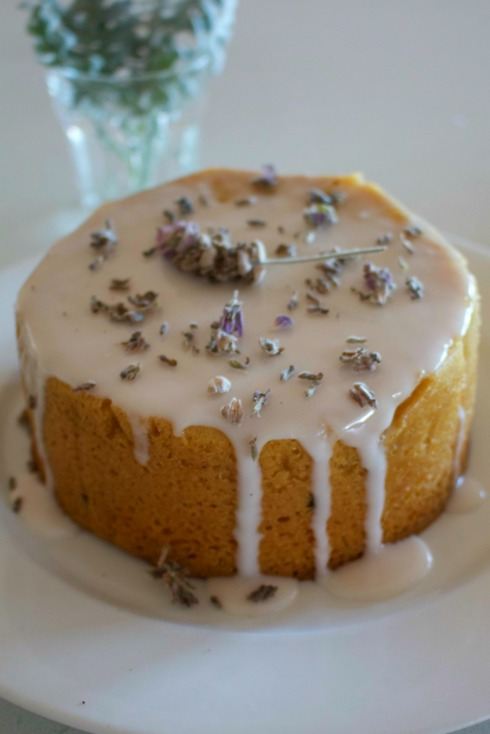 Lavender and vanilla vegan cake