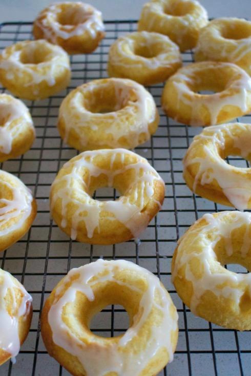 lemon baked donuts