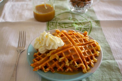 salted-caramel-waffles-served-with-salted-caramel-sauce