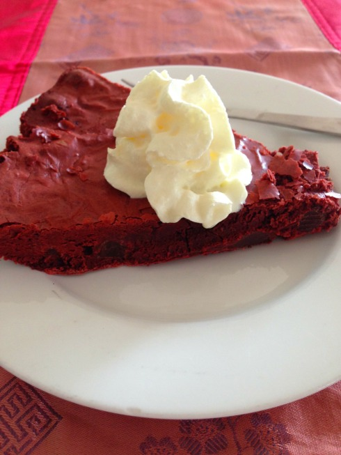 donna-hay-red-velvet-skillet-brownie