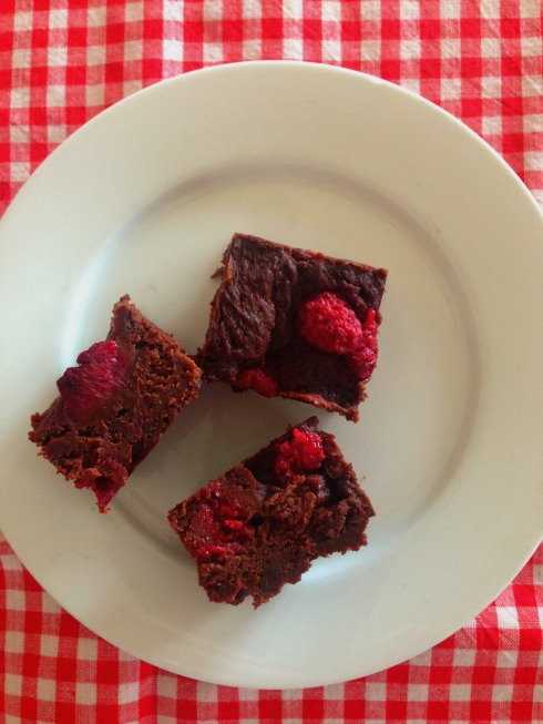 raspberry-dark-chocolate-brownies
