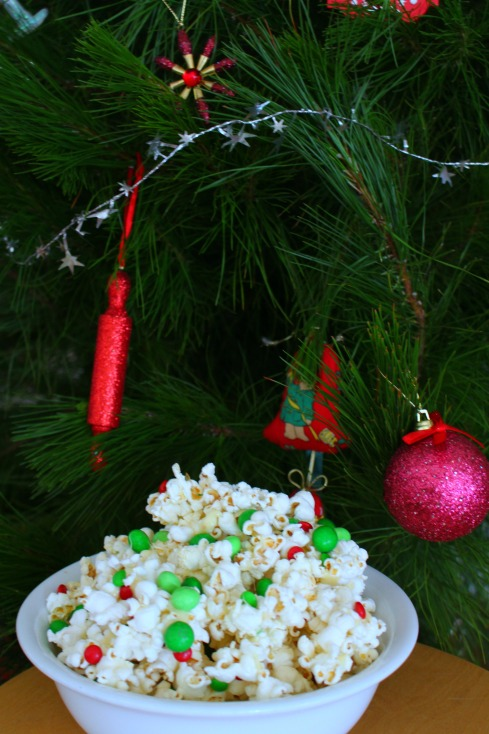 sweet-and-salty-christmas-popcorn