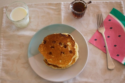 chocolate-chip-coconut-pancake